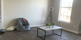 Photo of Mandaline's room