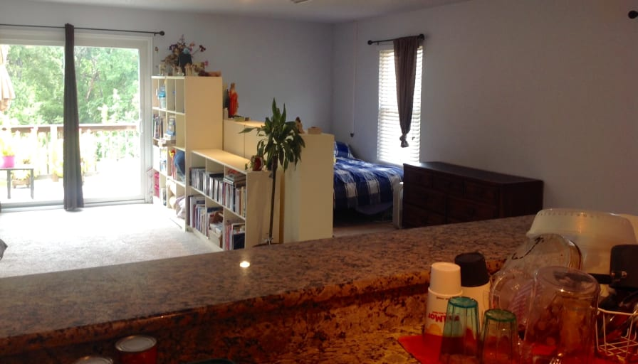 Private room to rent in share house | Glenbrook Drive ...
