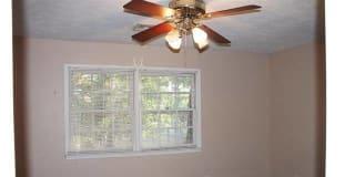 Photo of Erinn's room
