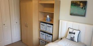 Photo of Linda 's room