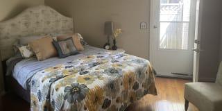 Photo of Klawdee's room