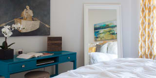Photo of Alie Carr 's room