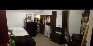 Photo of Stephanie 's room