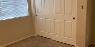 Photo of Farjr's room