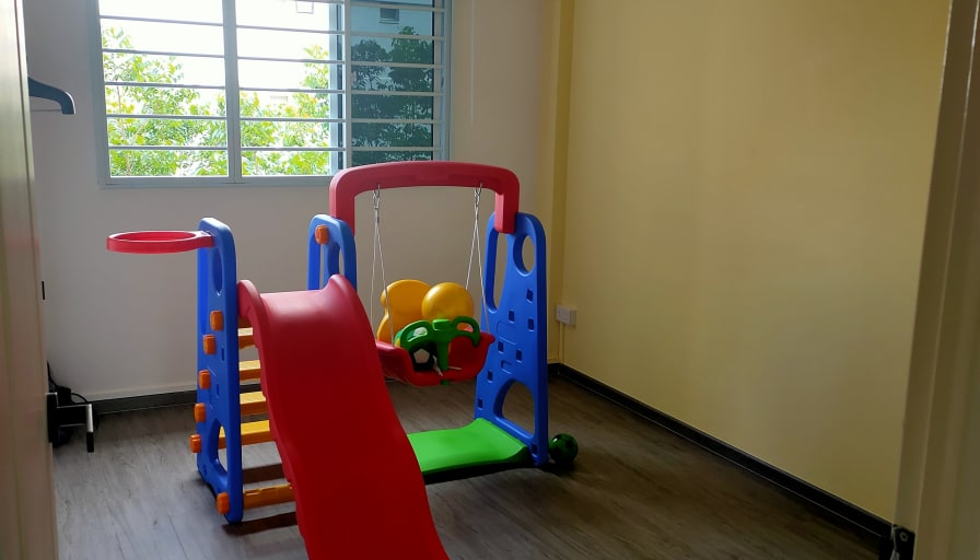 Photo of Jove's room