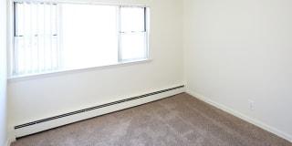 Photo of Redline's room