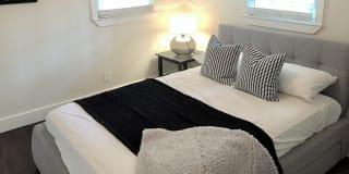 Photo of Lynn Thomas's room