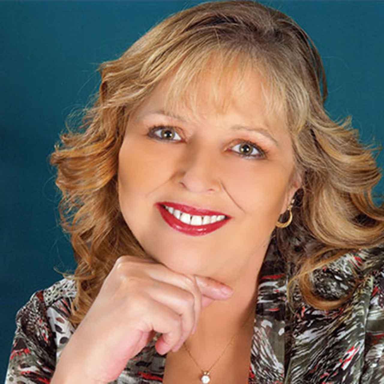 Gloria Hobbs
