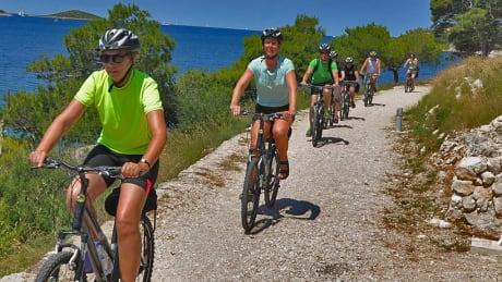 Båtresa i Kroatien, södra Dalmatien med tillval cykling