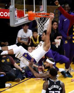 NBA Waiver Wire: Satoransky, Hart Among Week 12's Best Adds