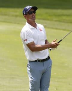 Golf Barometer: Ascending Adam