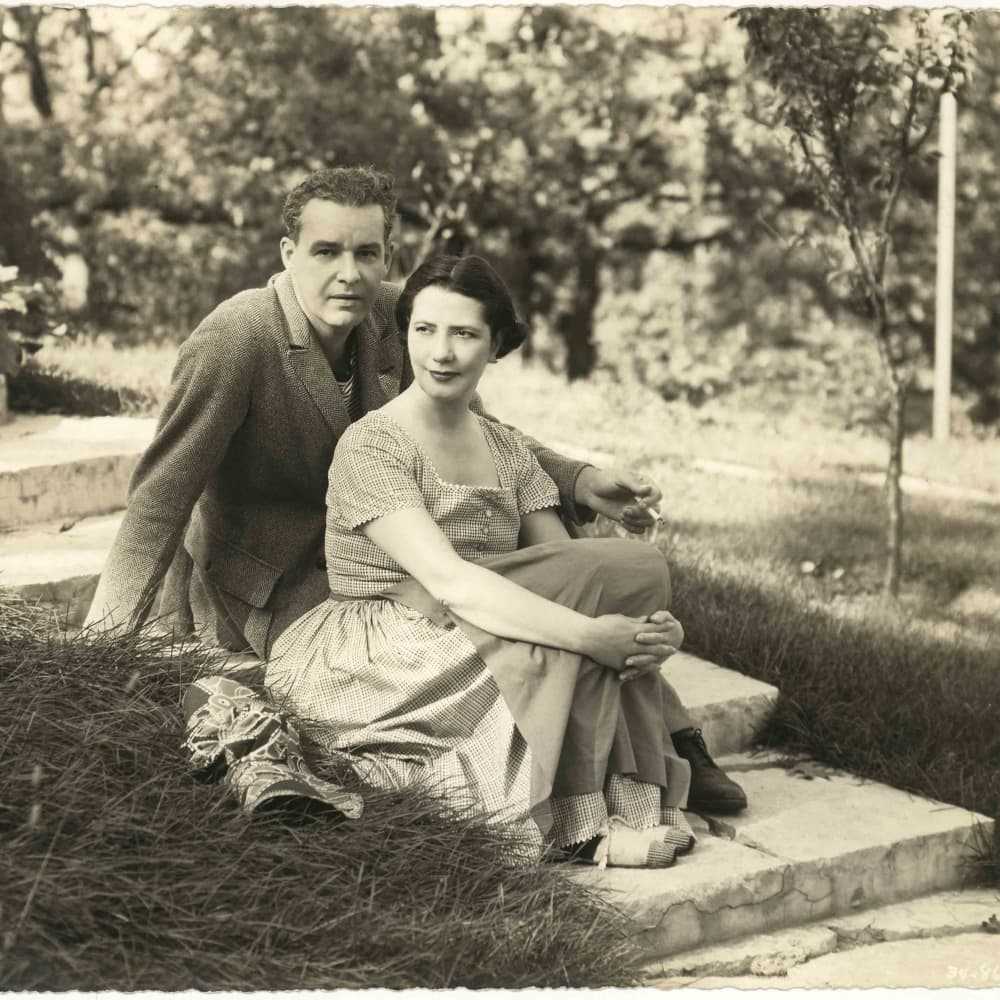 Lunt and Fontanne: A Lively Legacy}
