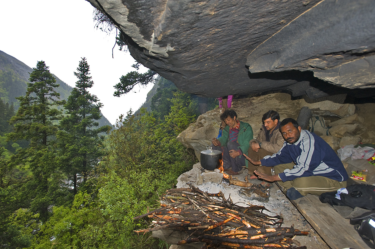 Most of my later bear-scouting trips were between March and May, when bears emerge hungry from hibernation. We stayed in caves as much as possible, as they are relatively inconspicuous compared to tents. This image (above) was taken in 2010 at Mahjoni Cave in Tirthan Valley, Himachal Pradesh.