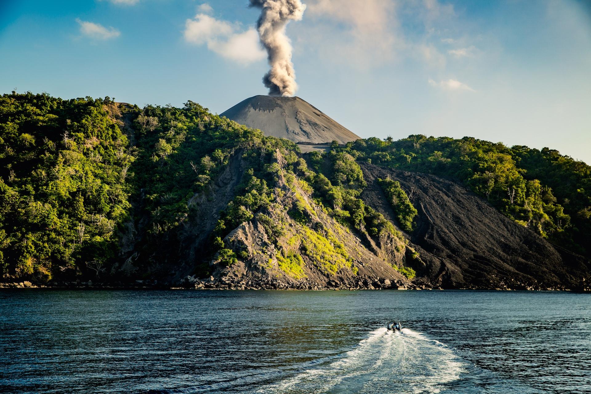 To dive at Barren Island, travel there on a fast boat from a nearby island for a day trip, or visit on a liveaboard ship that travels there for 2-4 days. Photo: Bhushan Bagadia Positives.