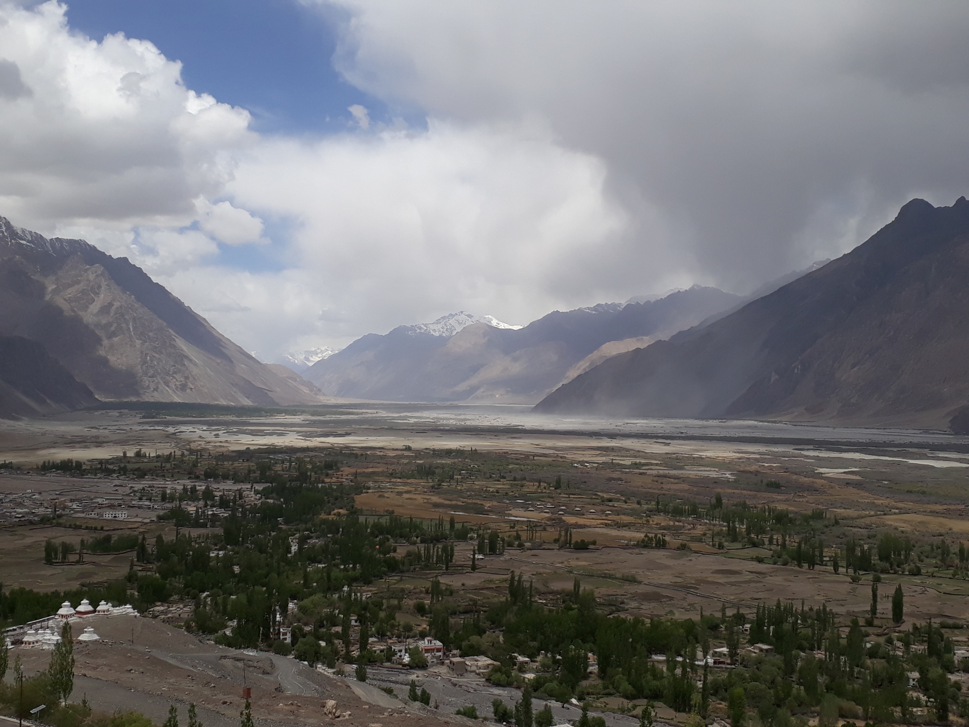 A view of Nubra Valley in Ladakh, where the author counted around 30 species of moths in a single night. Photo: Sarthak232001 – CC BY-SA 4.0