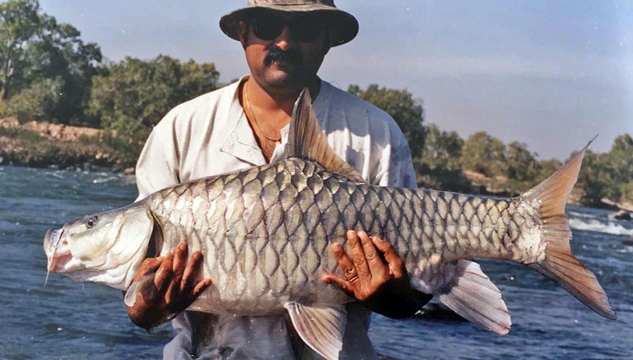 angler-nakul-shetty-with-humpback-mahseer