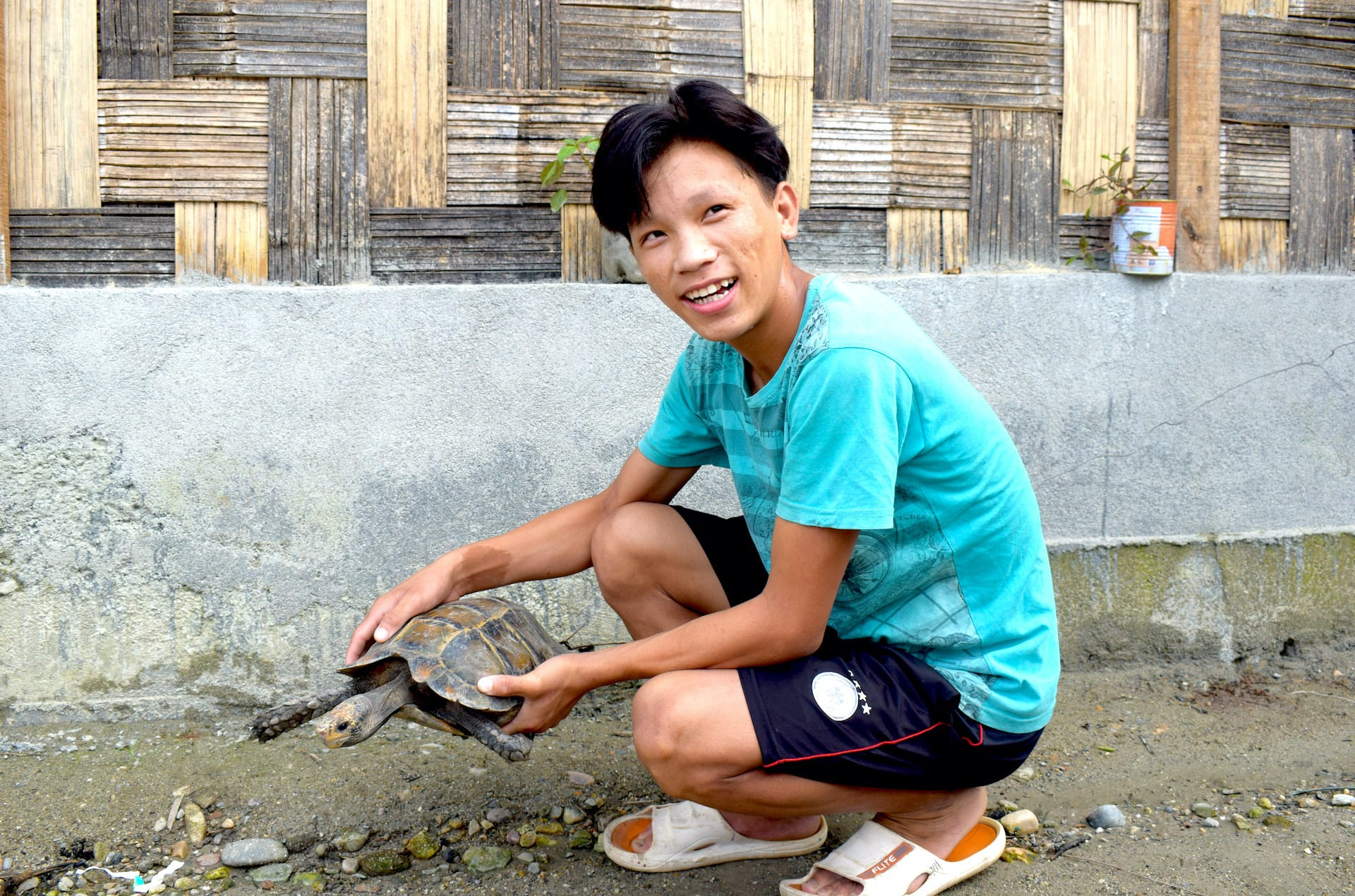 arunachal-pradesh-bamang-tachung-with-impressed-tortoise-he-found-and-released-back-into-the-wild