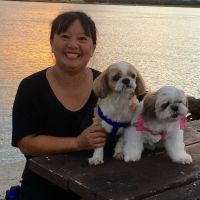 dog walker Thuy