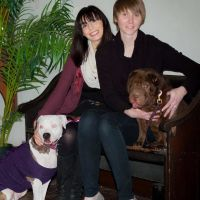 pet sitter Lindsey and Jacqueline