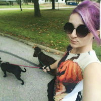 dog walker Malyn