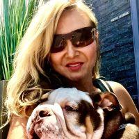 dog walker Tetyana