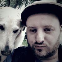dog walker Sedoris