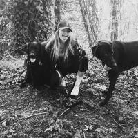 dog walker Zoey