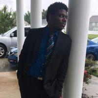 pet sitter Treyvon