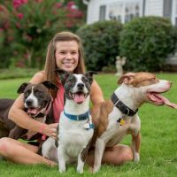 pet sitter Shealynn