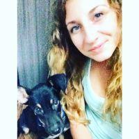 pet sitter Aylia