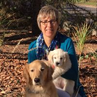 pet sitter Jennifer & Abby