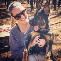 dog walker Ellie