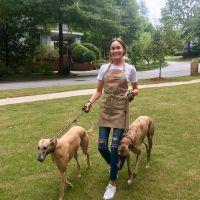 dog walker Cindy