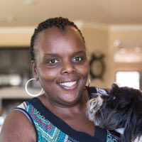 pet sitter Ebony