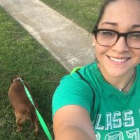 dog walker Jazmine