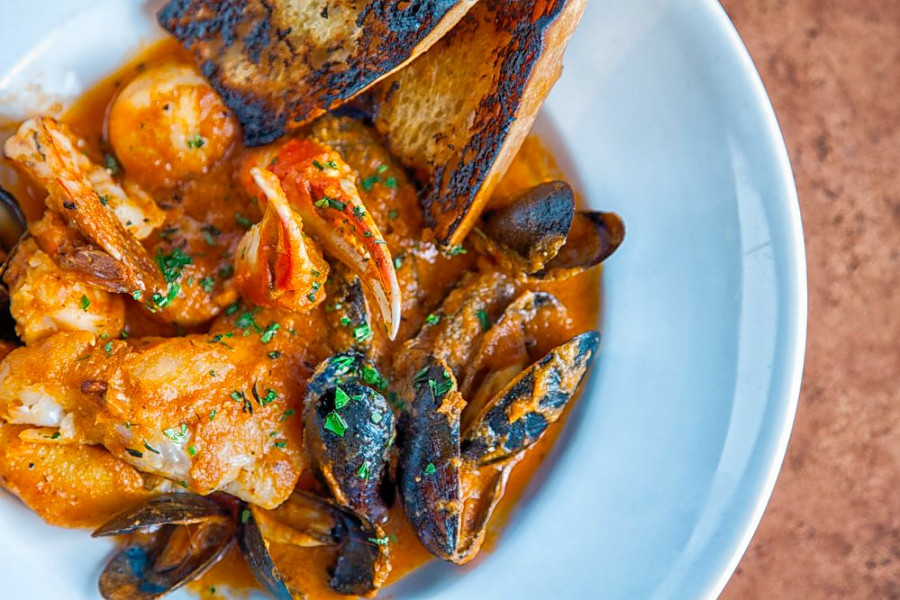 o Sophisticated Seafood: Pittsburghs Top 5 Restaurants For Lobster, Caviar And More