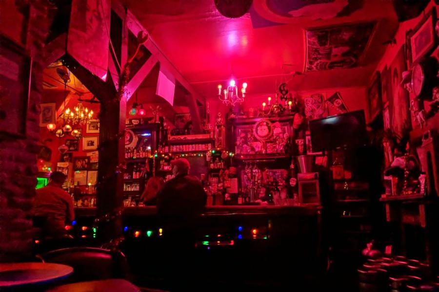 in monterey ca Gay bars