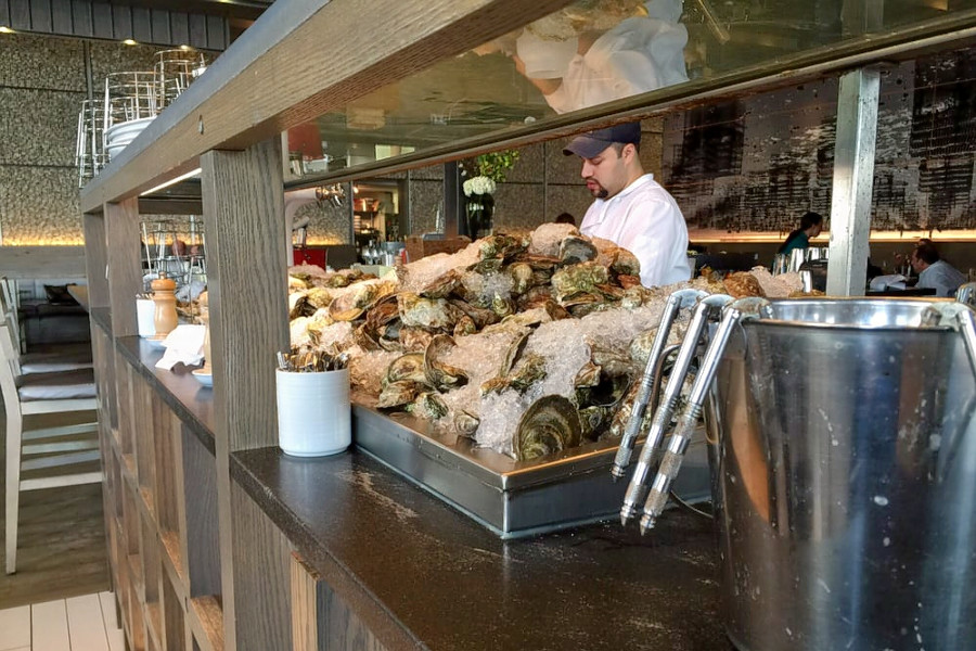 o Hungry For Seafood? Check Out 6 Top Spots In Boston