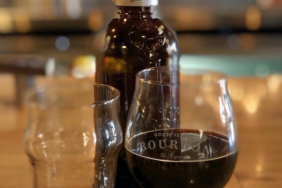 o On Tap: Chicagos Top 5 Breweries, Ranked
