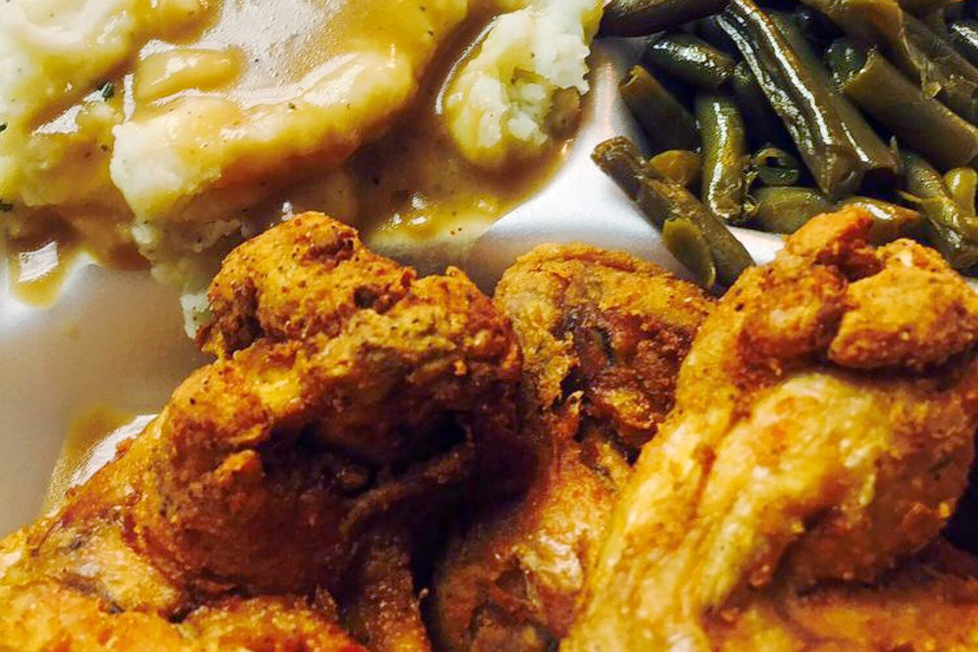 Baltimore S 3 Top Spots For Low Priced Soul Food Cbs Baltimore