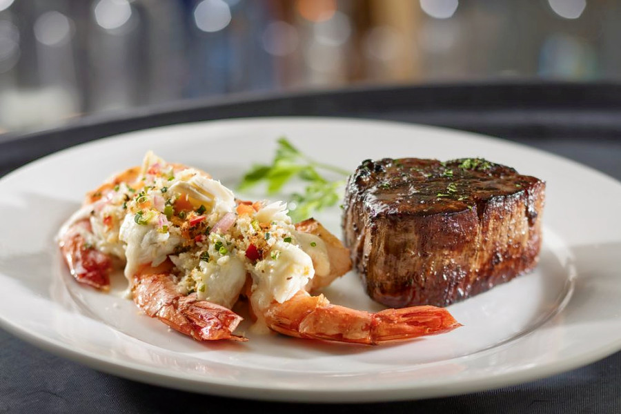 o Date Night: The Top 4 Steakhouses For A Special Occasion In Troy