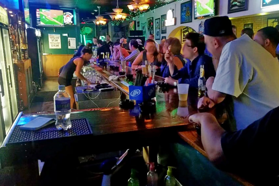 o Here We Go, Black And Gold: The Burghs 5 Best Sports Bars