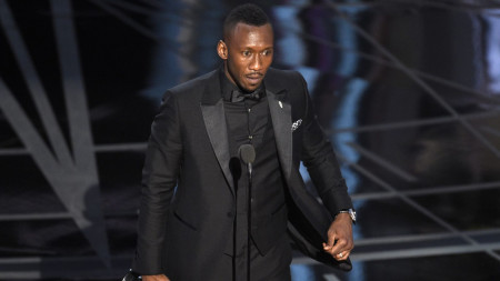 Moonlight's Mahershala Ali Becomes First Muslim Ever to Win an Oscar