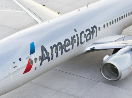 2 people hospitalized after turbulence forces flight to be diverted to Denver
