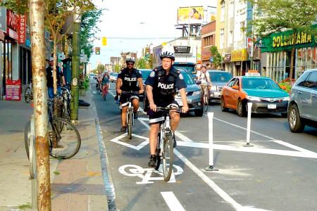 Earth Day: 6,100 bikes a day on Bloor
