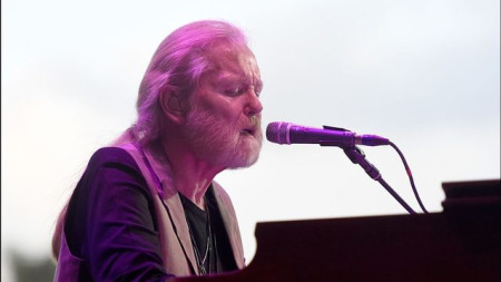 Musician Gregg Allman not in hospice care, manager says