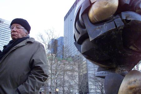 Fritz Koenig, artist whose World Trade Center statue survived 9/11, dies at 92