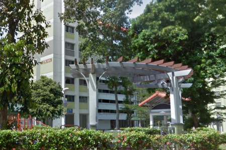 """Maid assisting with investigations into """"unnatural death"""" of 77-year-old lady in Tampines flat"""