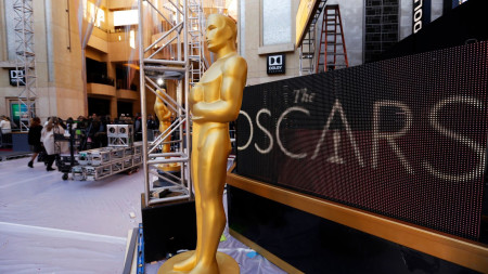 A rainy red carpet forecast for Oscars as new storm moves into L.A.