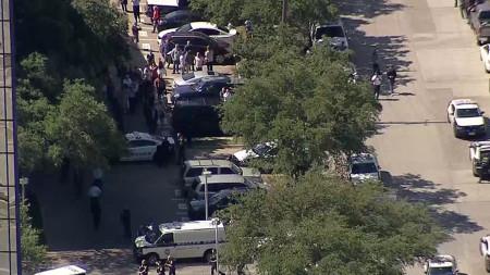 LIVE: Dallas Office Building Evacuated